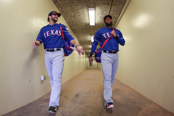 Mitch Moreland and Elvis Andrus get ready for first pitch