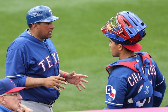 Bengie Molina talks with catcher Robinson Chirinos